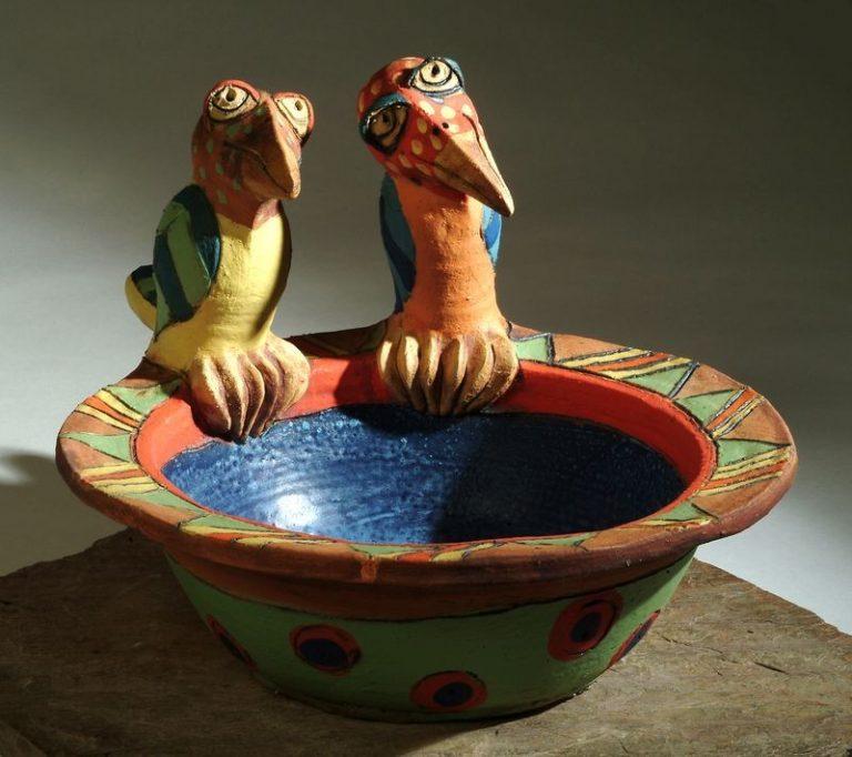 két madaras madáritató