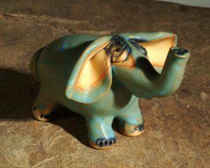 apró elefánt