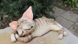 Fekvő macska 4