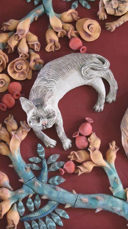 macskák rózsabokorban 2