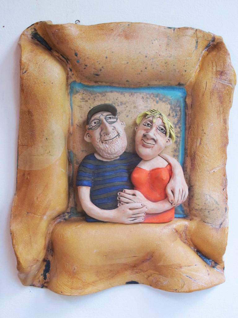 Kerámia falikép házaspárral.