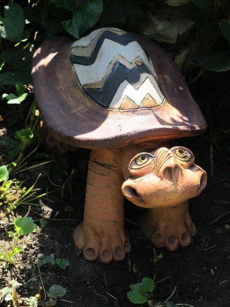 Ngy teknős kerámia szobor afrikai hangulatú mintával