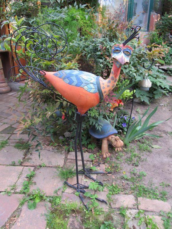 Kerámia madár szobor kovácsoltvas lábbal és farokkal