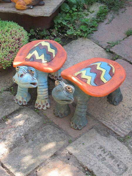 Kerámia teknős szobrok